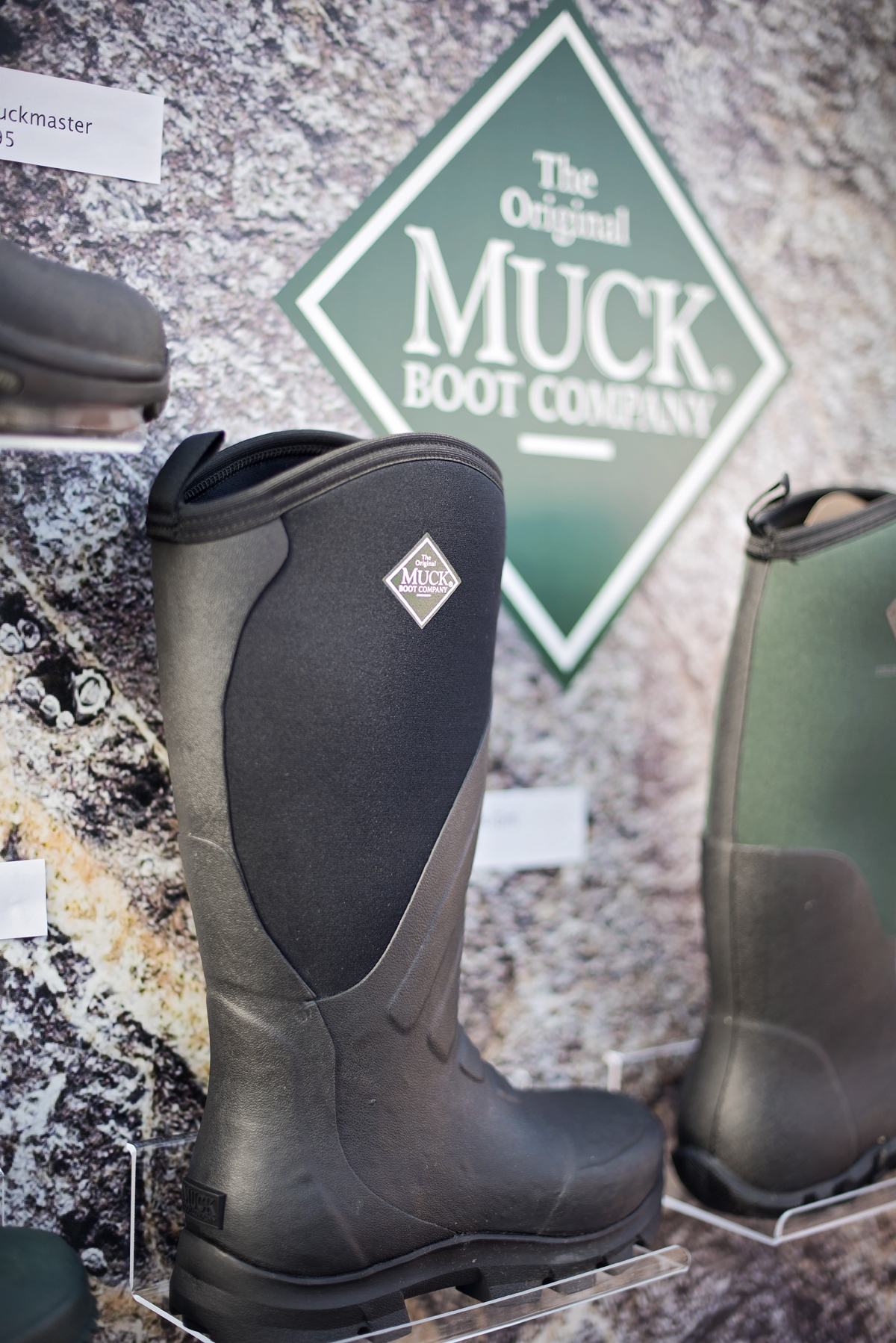 Muckboots and Snoody Do accessories to keep you warm and dry ...